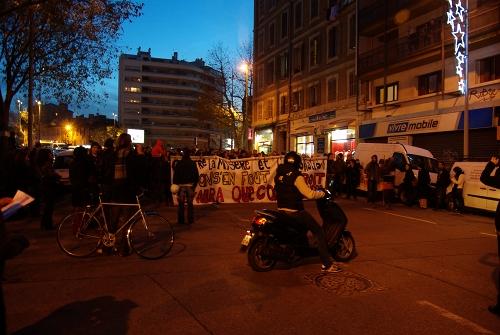 Kundgebung gegen die Verfolgung armer Menschen und gegen Abschiebung in Marseille (FR), 2012