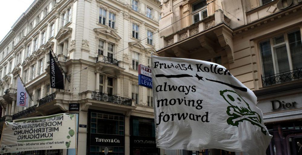 "Das Friedel54 Kollektiv demonstriert lautstark durch die Wiener City: ""always moving forward"""