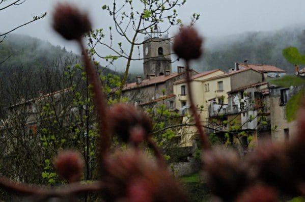 """An der """"wilden Grenze"""": Saint-Laurent-de-Cerdans in den französischen Pyrenäen"""
