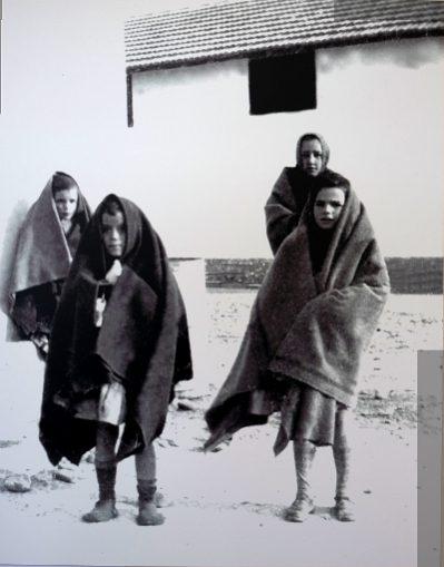 Inhaftierte geflüchtete Kinder im Internierungslager Rivesaltes. (Foto: Maternité suisse d'Elne)