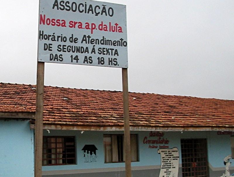 Das Afro-Brasilianische Kulturzentrum Nossa Senhora Aparecida da Luta, Curitiba, 2003.